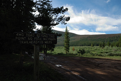 After about an mile and a half of slow driving I saw another sign that said 4WD only from that point on.  And the trailhead was another one point five miles ahead.  Sigh.  Okay, better safe than sorry.  I parked my car and began a walk up the 1.5 miles of 4WD road to the actual trailhead.  Very pleasant scenery to look at, so no big deal.  No one else was parked there, or earlier.  I saw no one on the road, and I saw no one on the trail.