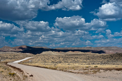 Wyoming Road: somewhere east of the Wind River Range