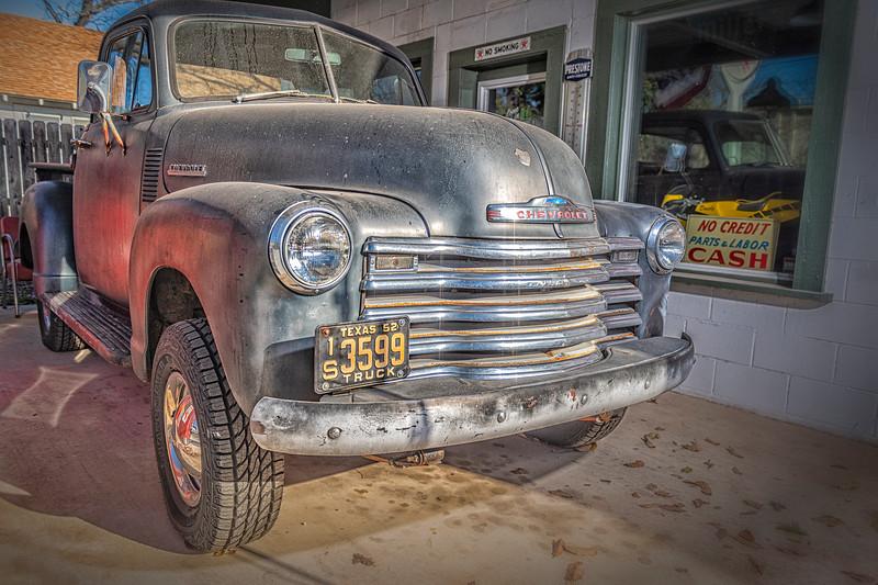 'Ol 52' - 1952 Chevy Pickup