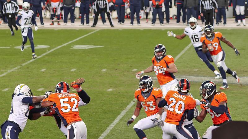 Broncos-39