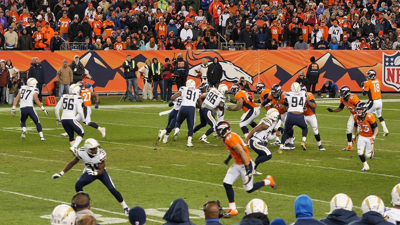 Broncos-48