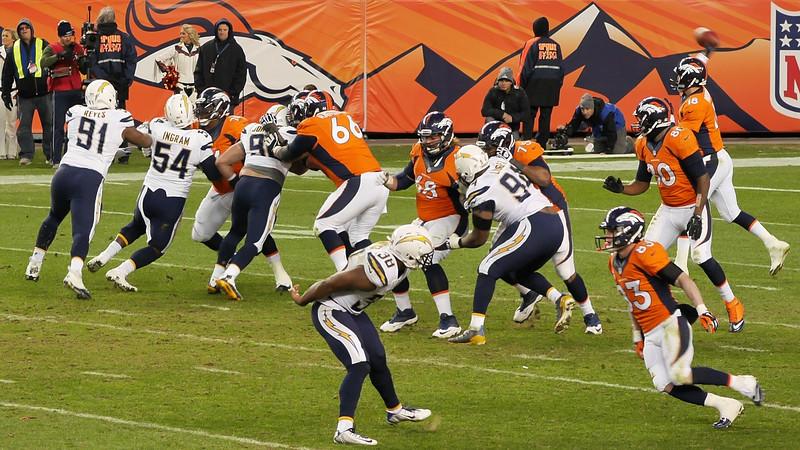 Broncos-10