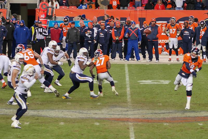 Broncos-30