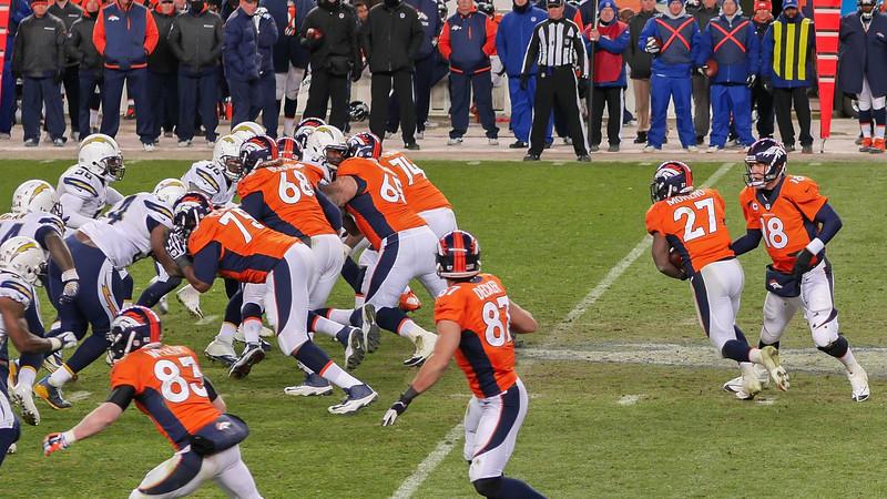 Broncos-29