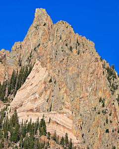 Intrusive contact, Ophir Needles Hwy 145 - San Juan Mtns 3 image stitch - 200 mm