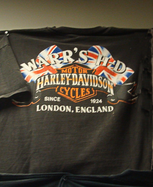 London, England Harley Davidson T-shirt