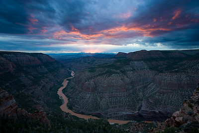 Whirlpool Canyon Sunset - Green River Harper's Corner