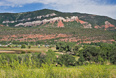 Animas Valley, Entrada and Bluff formation outcrops,