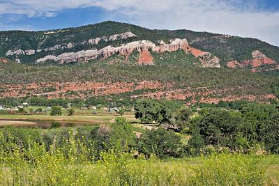 Animas Valley, Entrada and Bluff formation outcrops,