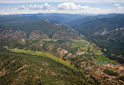 Aerial view of Pictured Cliffs & Mesaverde outcrop View north along Pargin River, Northeastern San Juan Basin margin
