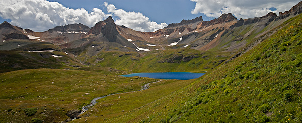Ice Lakes Basin from Island Lake trail 3 image stitch