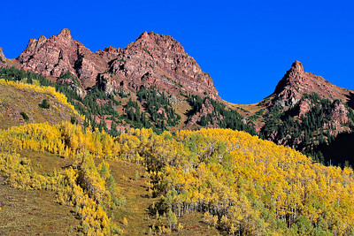 Fall colors on Sievers Mountain, from Maroon Lake