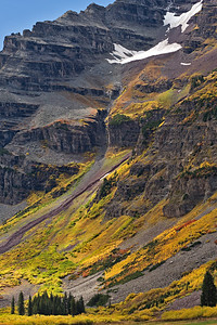 Fall colors on talus slopes of the Maroon Bells, Colorado View from Crater Lake Maroon Formation, Pennsylvanian / Permian
