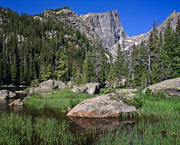 Dream Lake summer - Hallet Peak 3 vertical image stitch