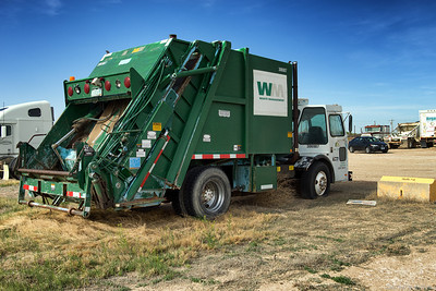 Waste Management RTI Pak-Mor Rear Loader