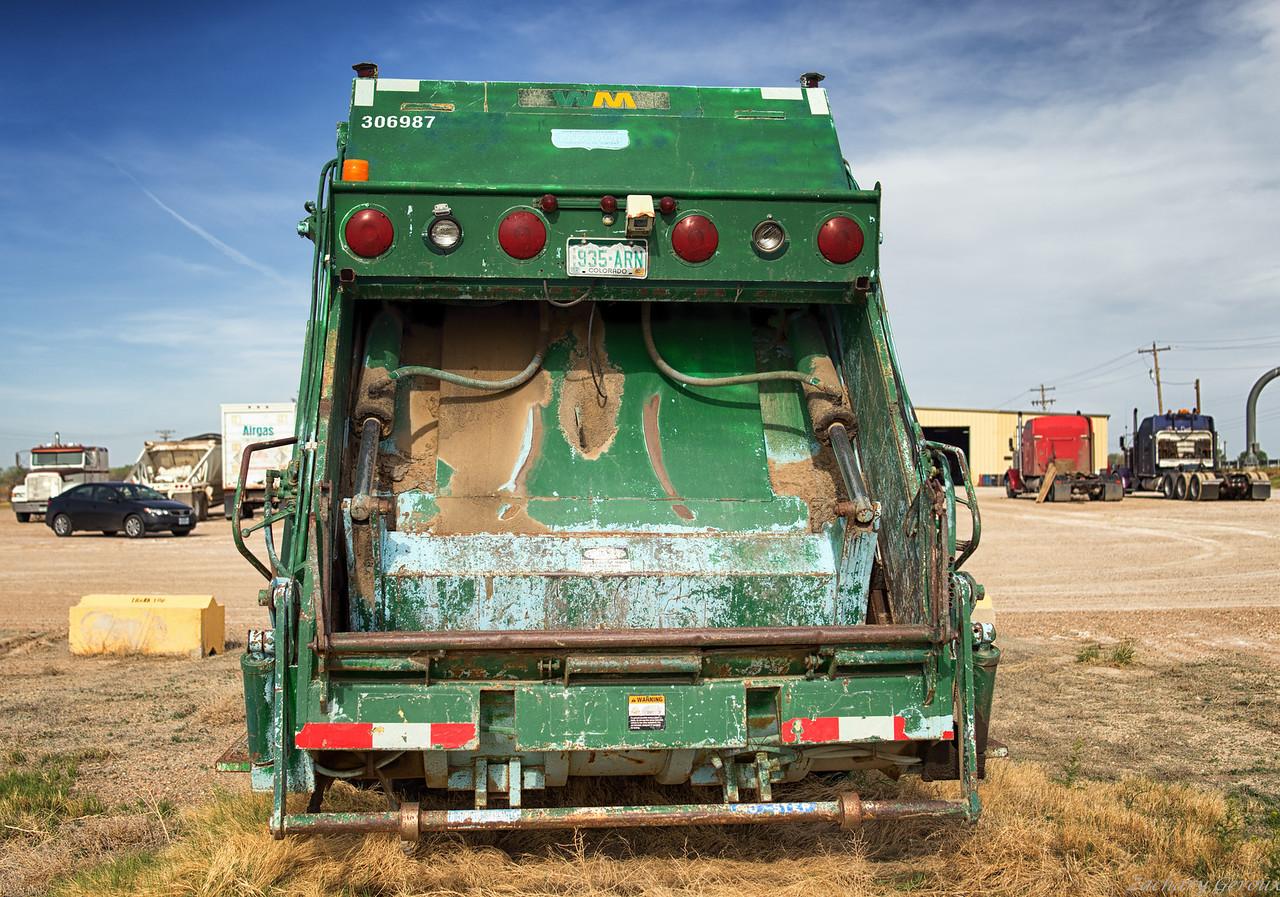 Waste Management RTI Pak-Mor Rear Loader