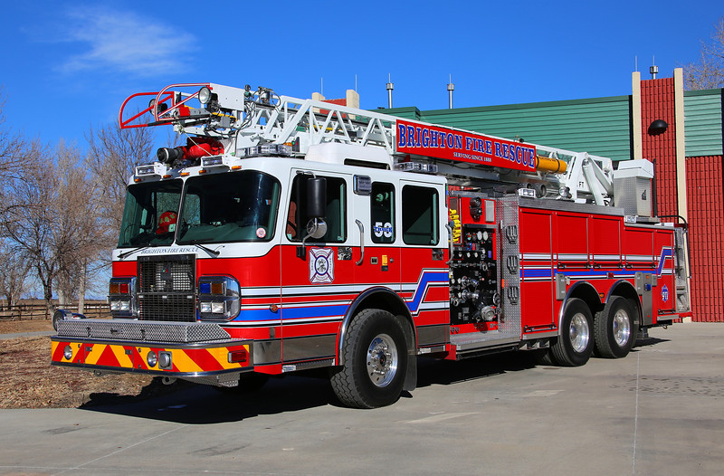 Truck 53<br /> 2003 Spartan / Smeal refurbished by SVI in 2013.  It features a 75′ aerial with a 500 gallon water tank, 1500 gpm pump and a 30 gallon foam tank.