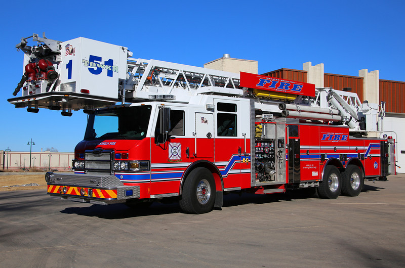 Tower 51<br /> 2010 Pierce Velocity with a 300 gallon water tank, 30 gallon foam tank, 2000 gpm pump & 100' aerial