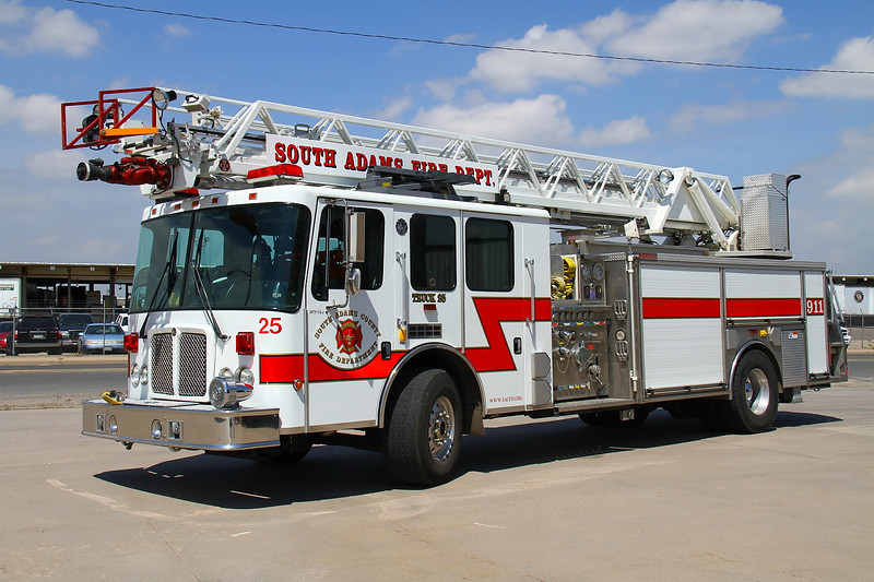 2003 HME with a 500 gallon water tank, 1500 gpm pump & 75' aerial