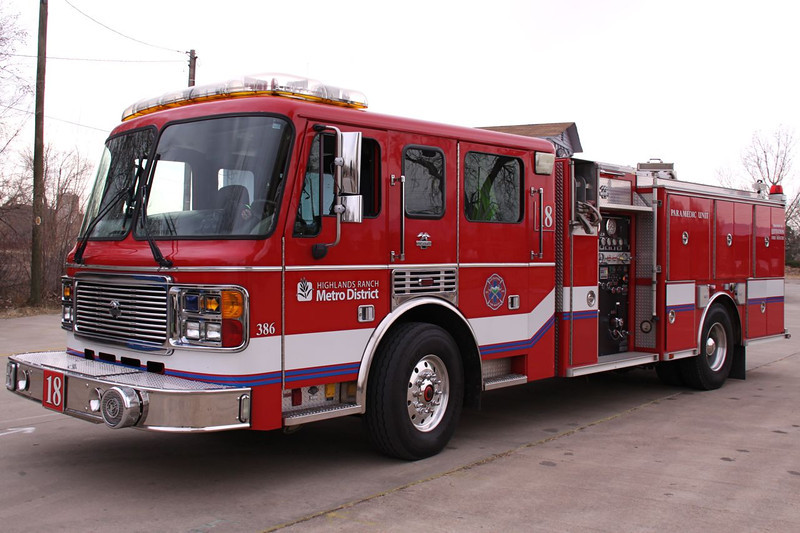 Paramedic Engine 18 operates this 2003 ALF.  Stationed in Highlands Ranch near Boadway and Lucent
