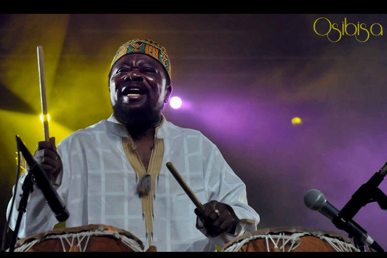35Osibisa - Photo by John Snelson 3378