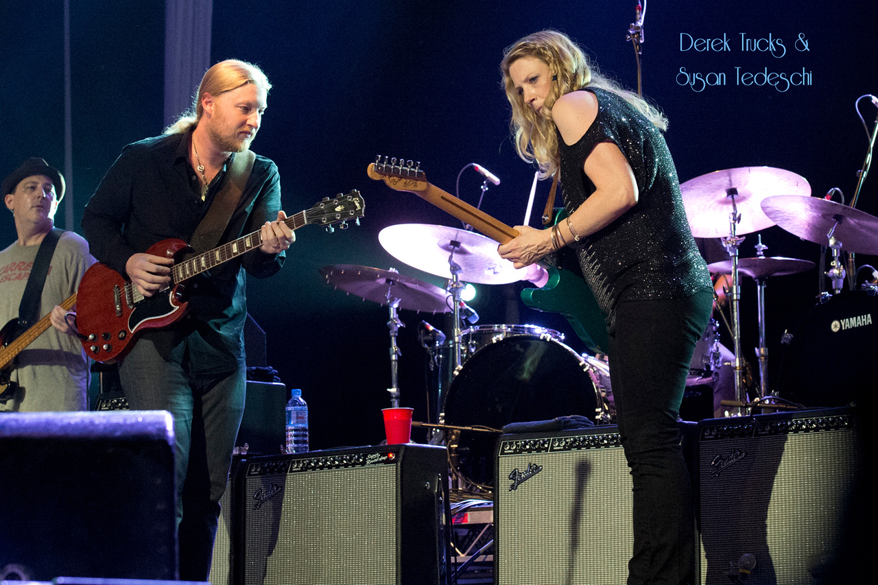 36Susan Tedeschi & Derek Trucks - Photo by John Snelson FILE00502
