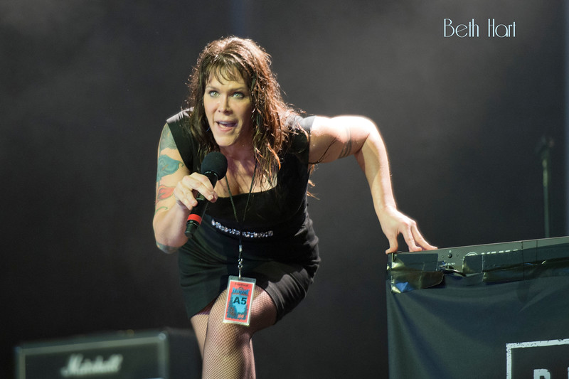 17Beth Hart Bluesfest 2015 Photo by John Snelson AJS_0220_4491