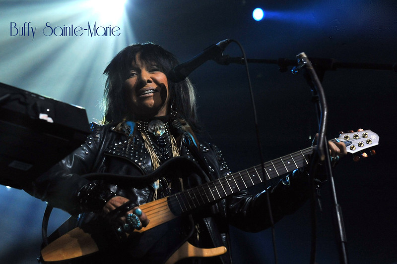 47Buffy Sainte-Marie - Photo by John Snelson XDSC_2927