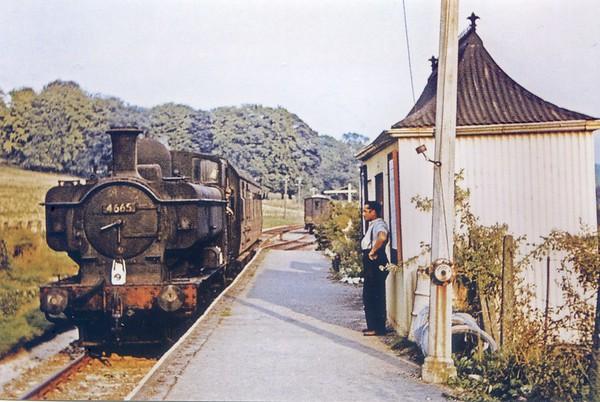 4665 East Garston Railway station 22nd August 1959