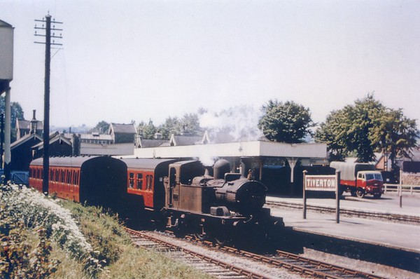 1421 Tivereton  27th July 1963 Collett 1400 class