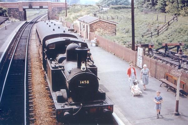 1458 Ellesmere station near Oswestry June 1962