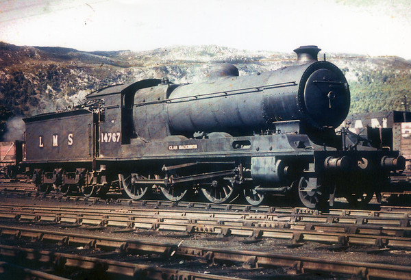 14767 Clan MacKinnon is at Aviemore