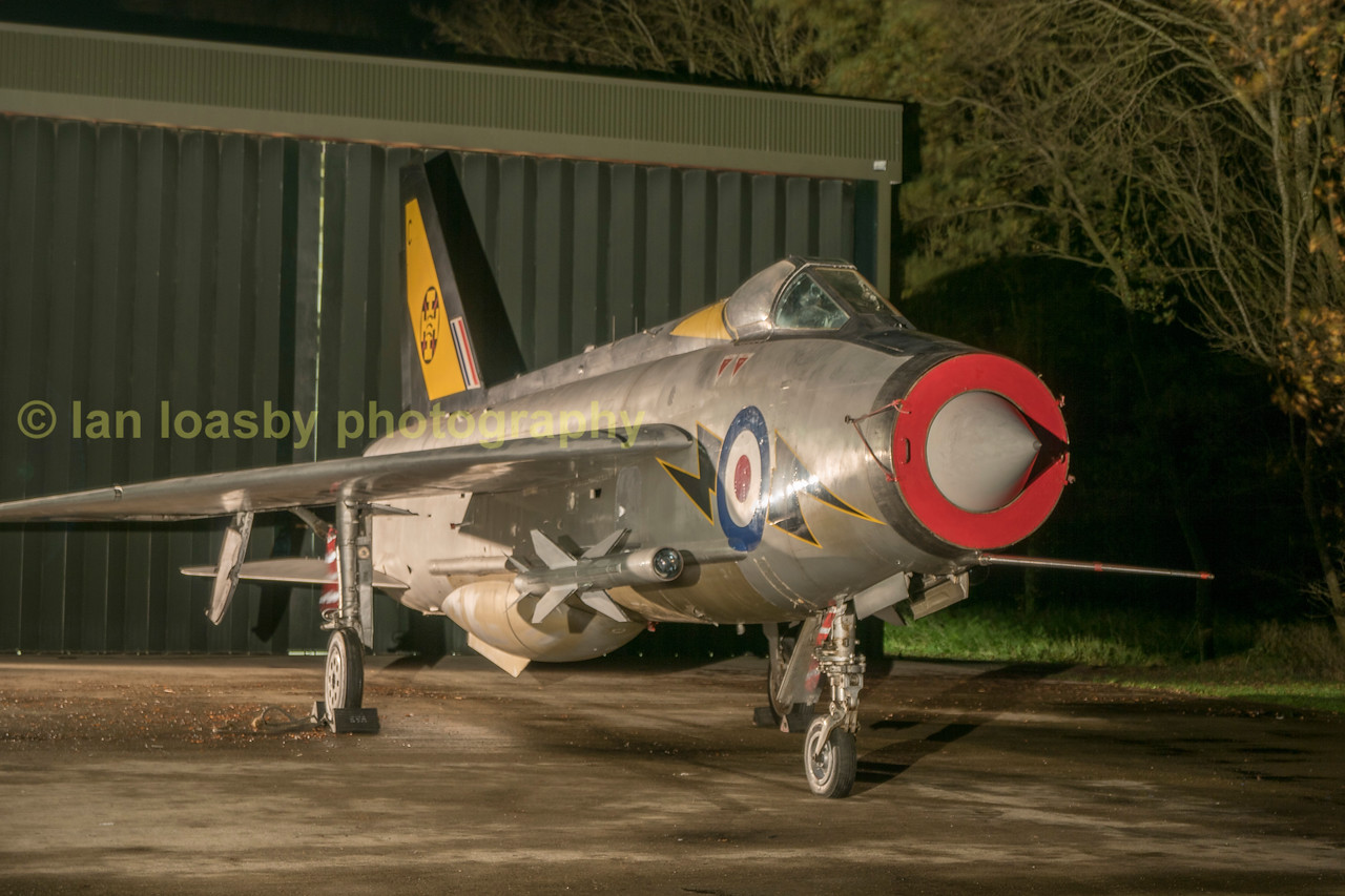 Lightning F.3 XR713