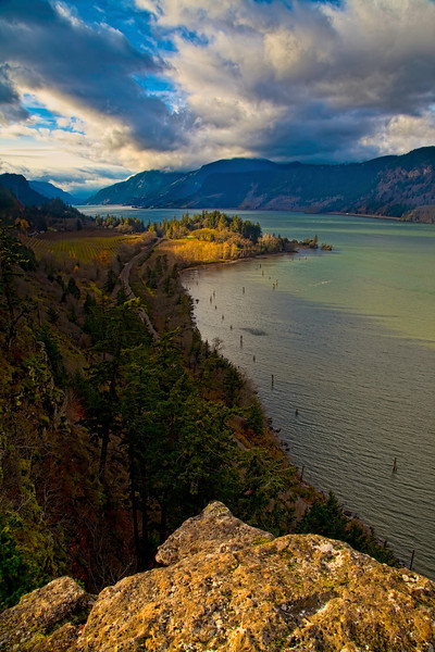 The Columbia River from Ruthon Point