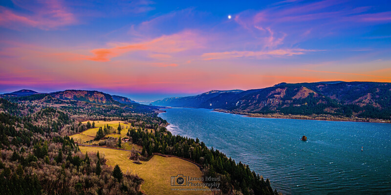 """""""Serenity's Window,"""" Columbia River Sunset Moonrise, Cape Horn, Columbia River Gorge National Scenic Area"""