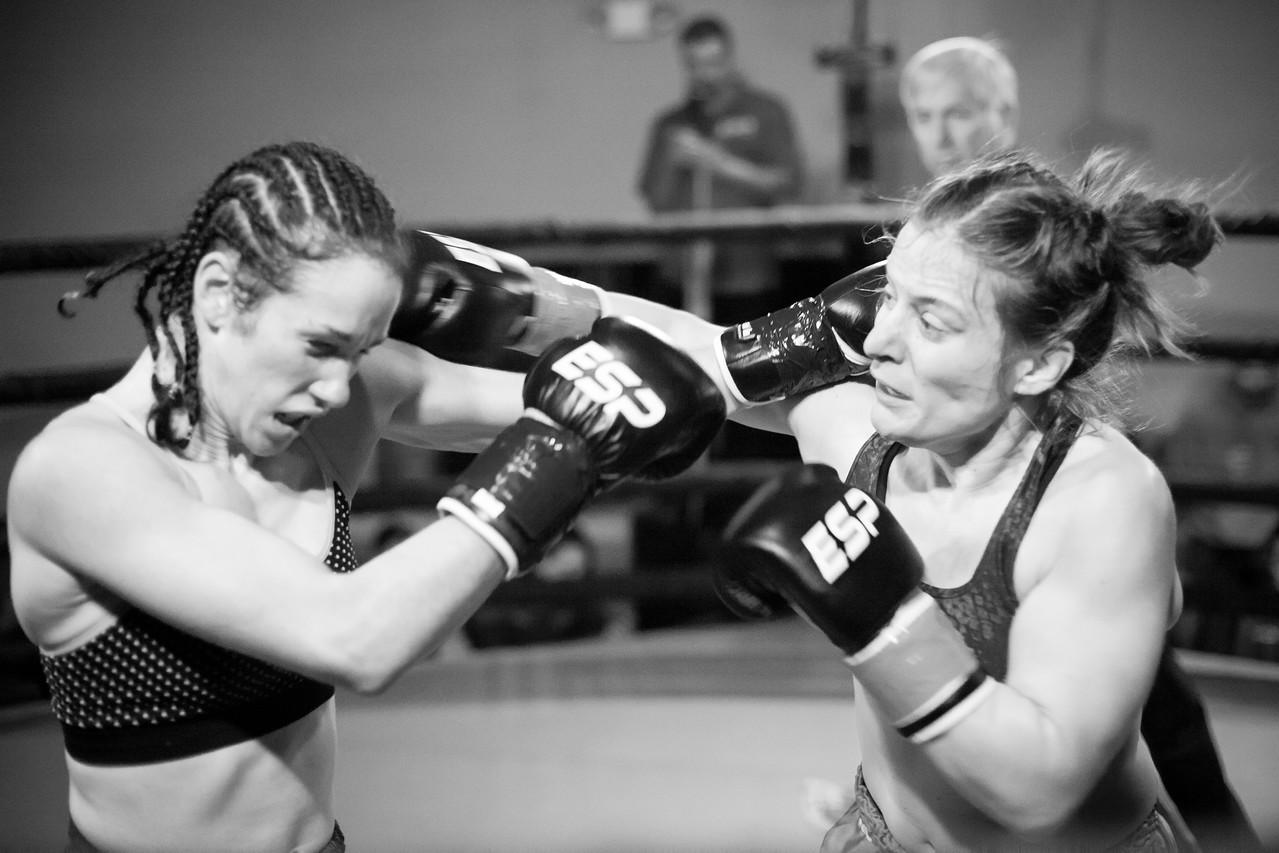 1 Kickboxing Nov 2013_1650