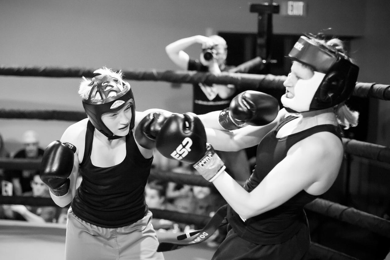 2 Kickboxing Nov 2013_1097