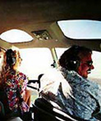 """<a title=""""Make a reservation for Sunshine Helicopter, Noon Special - West Maui (30 Minutes) with Tom Barefoot's Tours"""" href=""""http://www.tombarefootshawaiitoursactivities.com/product.php?id=3776&name=Noon_Special-_30_Min_West_Maui"""">Sunshine Helicopter, Noon Special - West Maui (30 Minutes)</a>"""