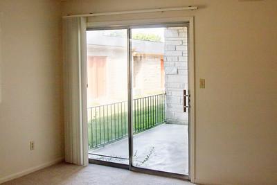 109 CM patio