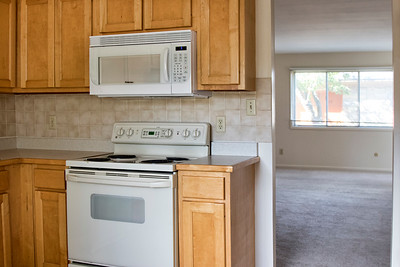 102 CM kitchen