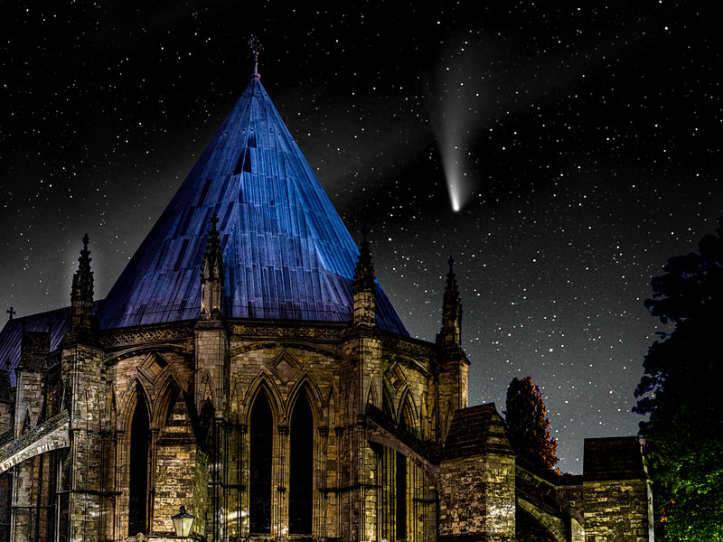 The Comet and the Chapter House