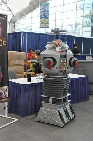 Robot Staff Member 7/12
