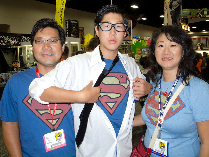 A family that Superman's together