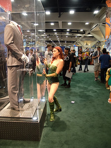 Poison Ivy looking longingly at Harvey Dent...
