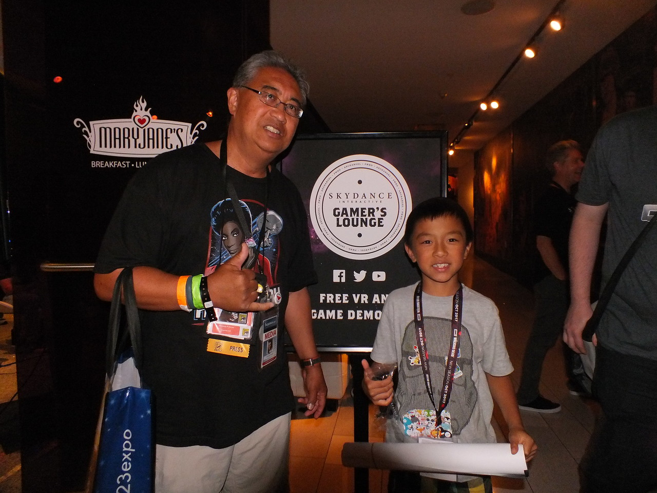 FilAm Gamers take part in the free demonstrations at the Hard Rock Hotel of Virtual Reality (VR) games during the Skydance Interactive Party held Thursday July 20 as part of the SDCC.