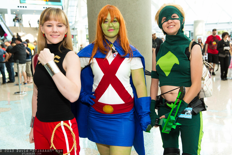 Wonder Girl, Miss Martian, and Artemis