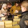 Fromager, marché des Capucins à Bordeaux