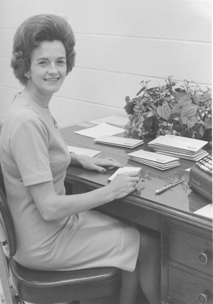 Citizens Bank, 1967, Carolyn Griffin