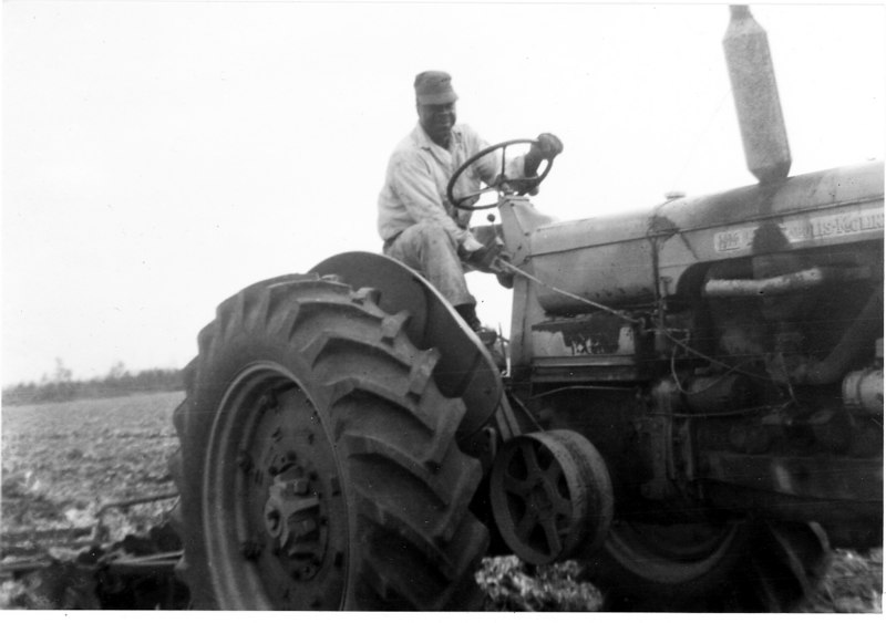 "Jerry Lee""Bubba"" Jones farming near Alapaha in the 1950s"
