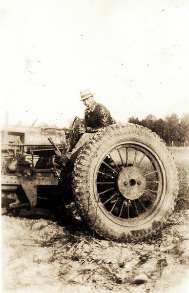 Kissam Devane Tractor